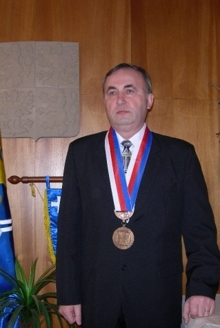 frantizaek-t-evela-1998-2006-2.jpg
